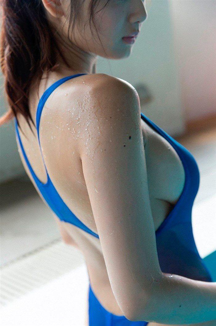 【画像】アイドル片山萌美ちゃんに支給される水着がガチでちいせえええええええ0003manshu