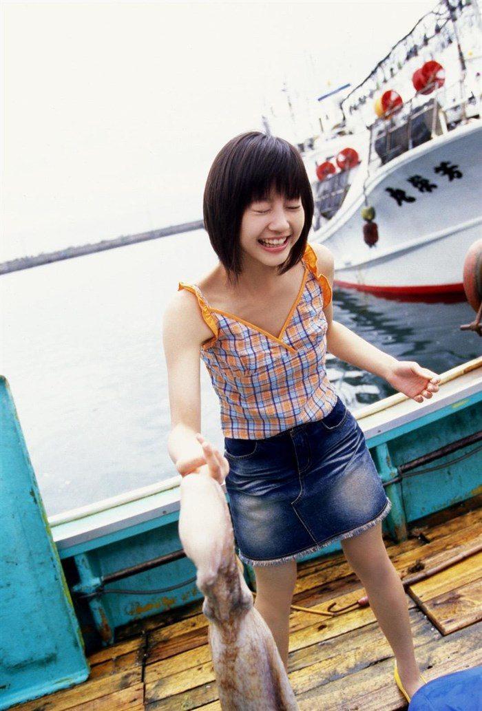 【画像】堀北真希ちゃんのセクシーなお宝グラビアを無料で堪能!これは即おっきですわwwww0114manshu