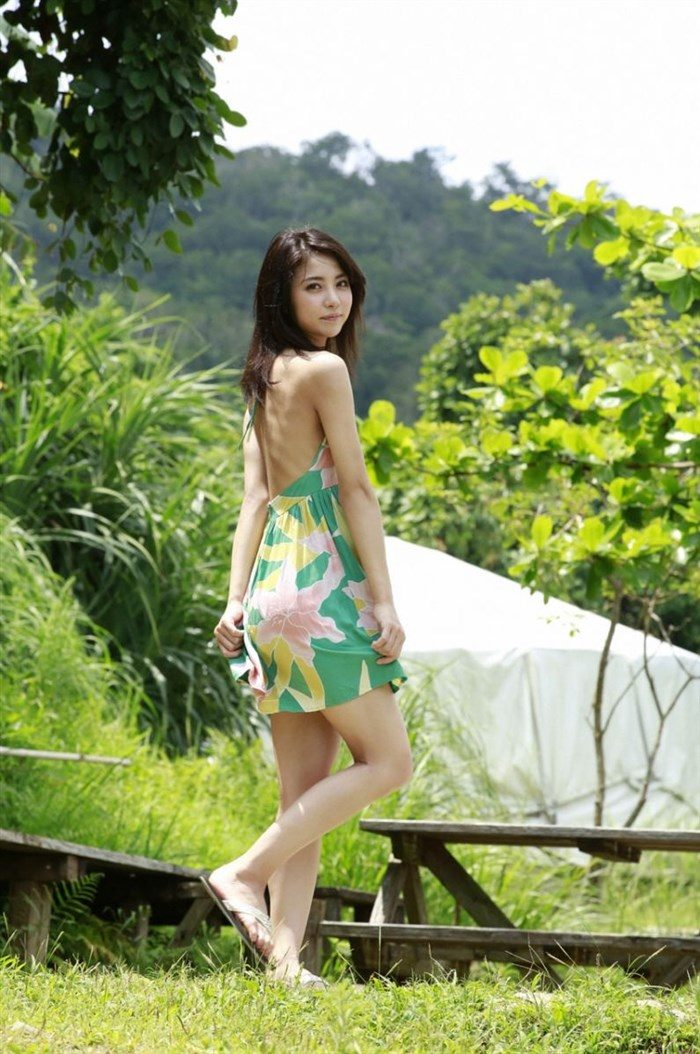 【画像】石川恋ちゃんで抜くならこの高画質水着グラビアをおすすめwww0004manshu