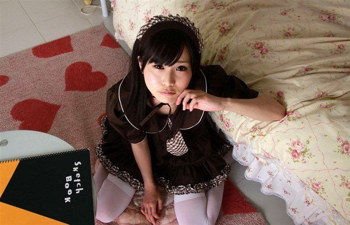 【画像】逢坂愛がウェイトレスコスプレで白パンモロ御開帳wwwwwwwwww0008manshu