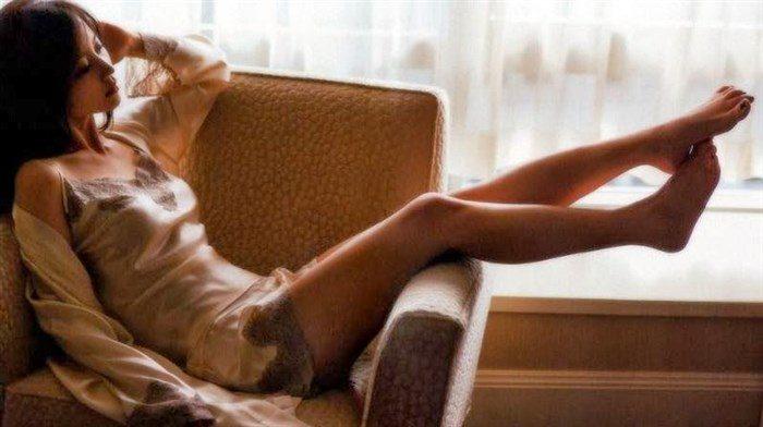 【画像】堀北真希ちゃんのセクシーなお宝グラビアを無料で堪能!これは即おっきですわwwww0163manshu