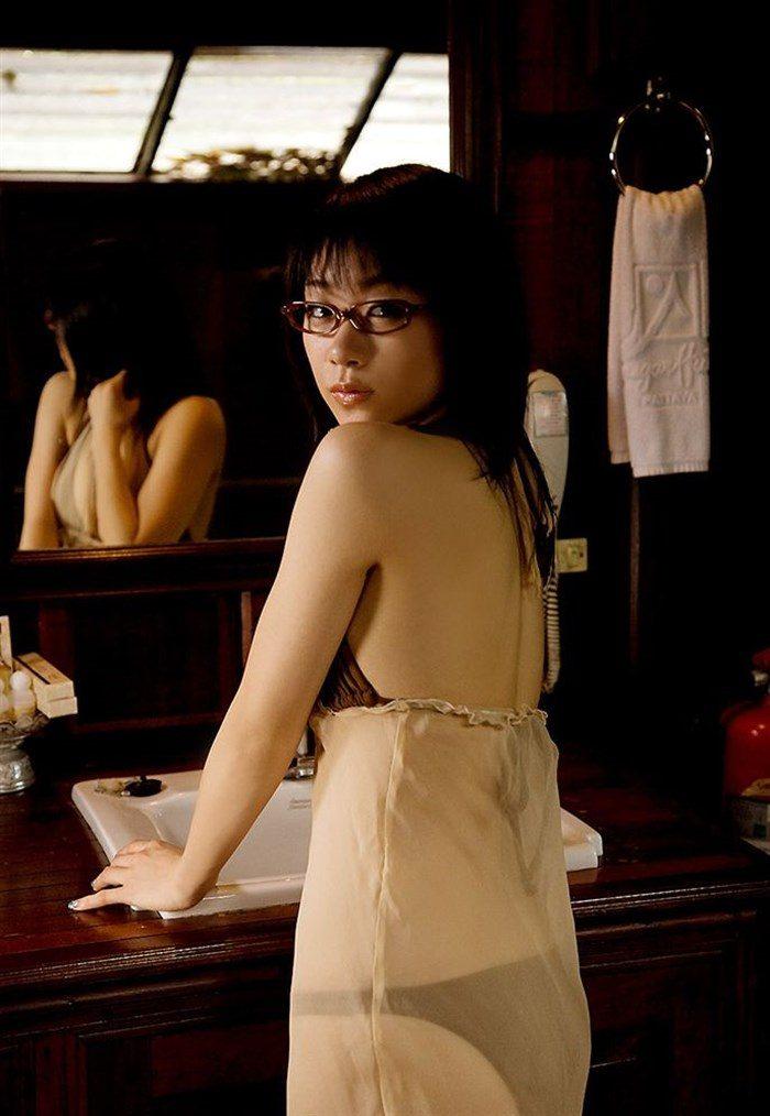 【画像】JK制服姿の時東ぁみ、スカートが短すぎて下尻が見えてますwwwww0036mashu