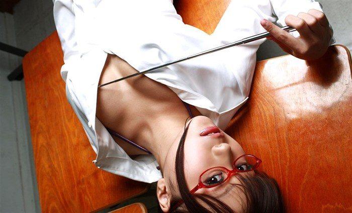 【画像】西田麻衣の妄想膨らむJKや女教師コスプレ!教室内がイケナイ雰囲気に0011manshu