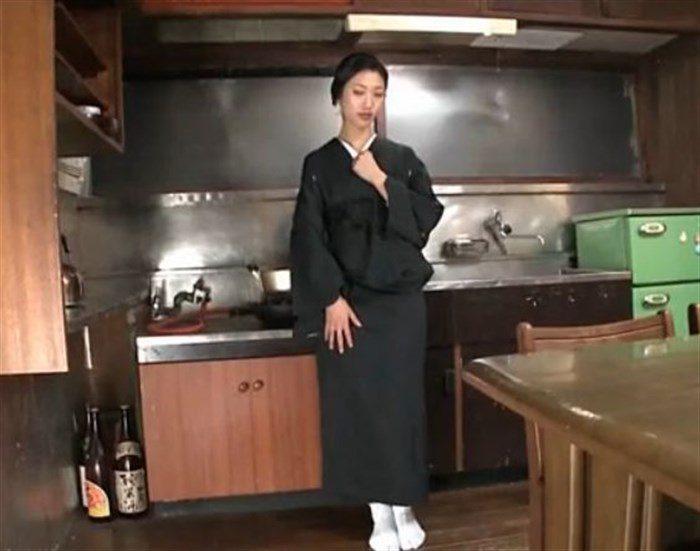 【画像】壇蜜お姉さんがぶっといフランク舐めててくっそエロいんですがwwww0002mashu