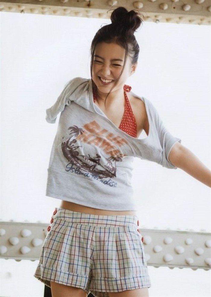 【画像】高田里穂ちゃんの小振りなお椀型おっぱいを小さめ水着で晒すwww0108manshu
