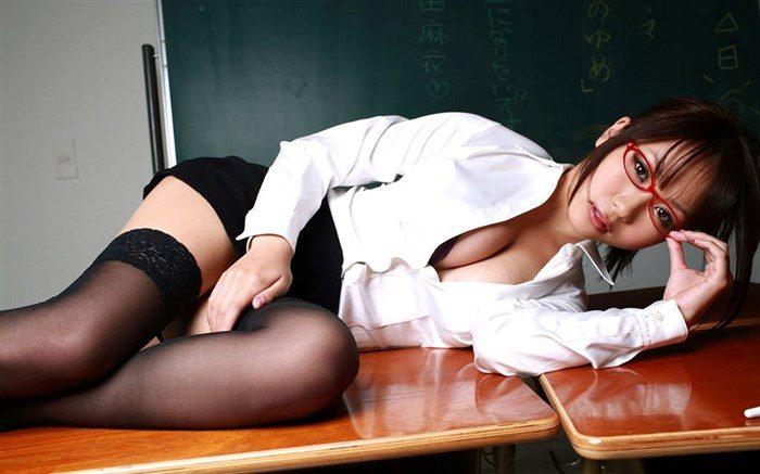 【画像】西田麻衣の妄想膨らむJKや女教師コスプレ!教室内がイケナイ雰囲気に0017manshu