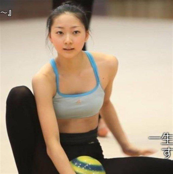 【画像】新体操畠山愛理さんのちっぱいと股間を堪能するスレwwwwww0021manshu