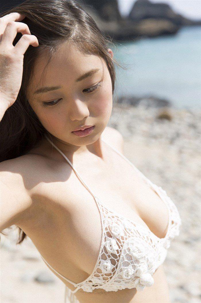 【画像】片山萌美の胸元ぱっくり開いたタンクトップ姿!悩殺するにも程があるw0003manshu