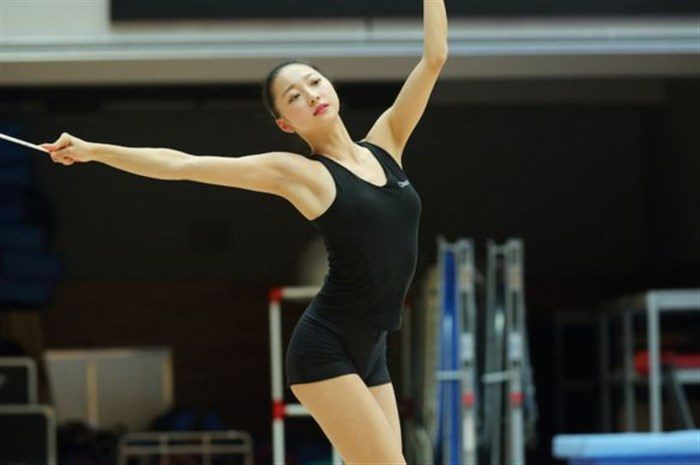 【画像】新体操畠山愛理さんのちっぱいと股間を堪能するスレwwwwww0011manshu
