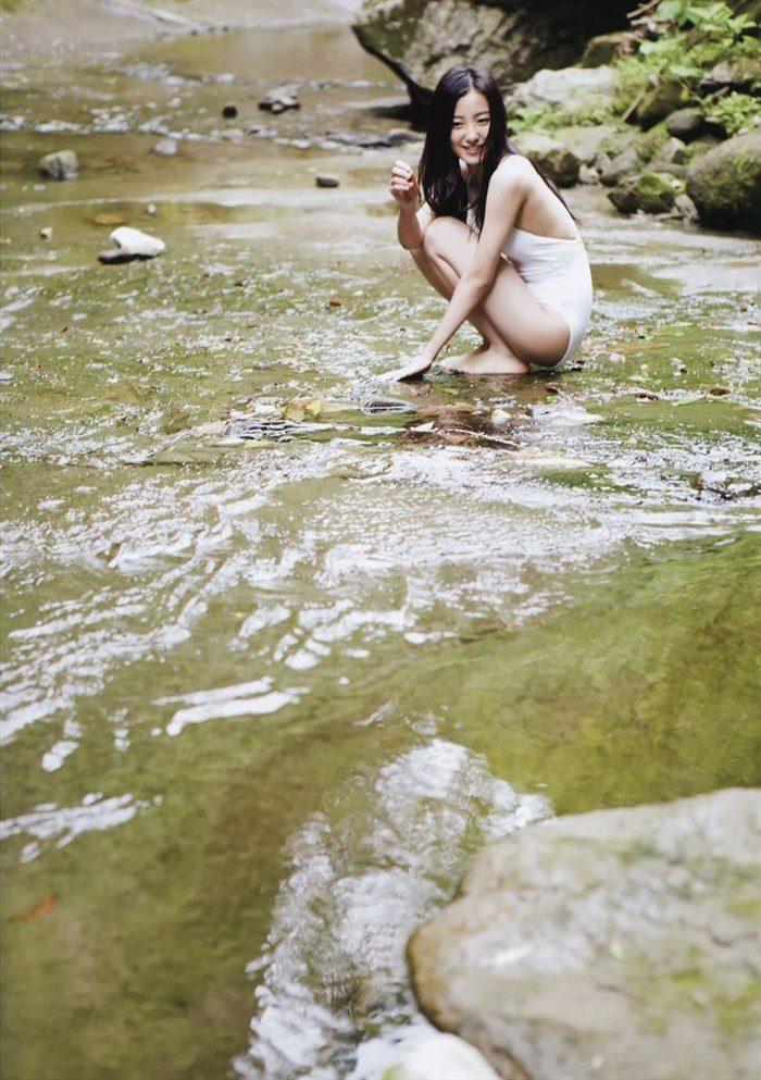 【画像】高田里穂ちゃんの小振りなお椀型おっぱいを小さめ水着で晒すwww0028manshu
