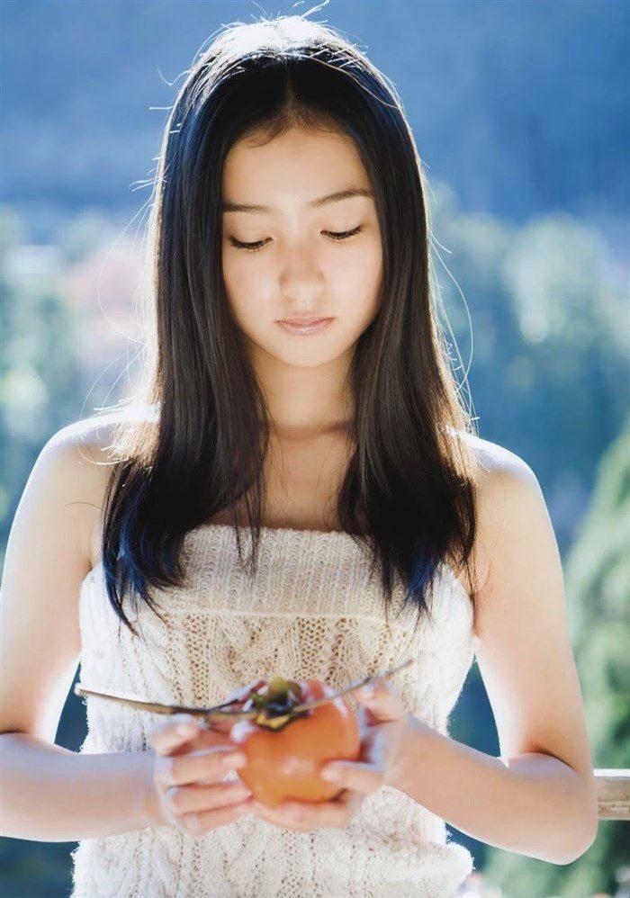 【画像】高田里穂ちゃんの小振りなお椀型おっぱいを小さめ水着で晒すwww0039manshu