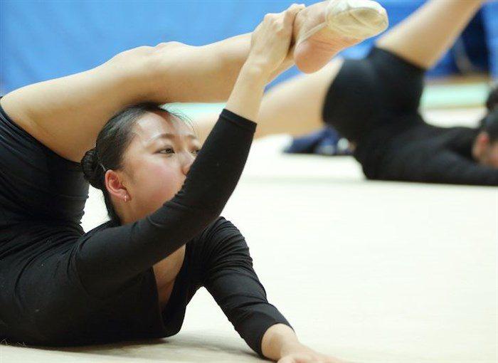 【画像】新体操畠山愛理さんのちっぱいと股間を堪能するスレwwwwww0105manshu