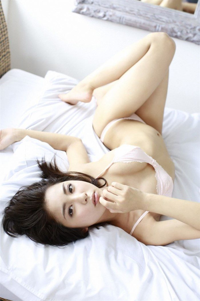 【画像】石川恋ちゃんで抜くならこの高画質水着グラビアをおすすめwww0043manshu
