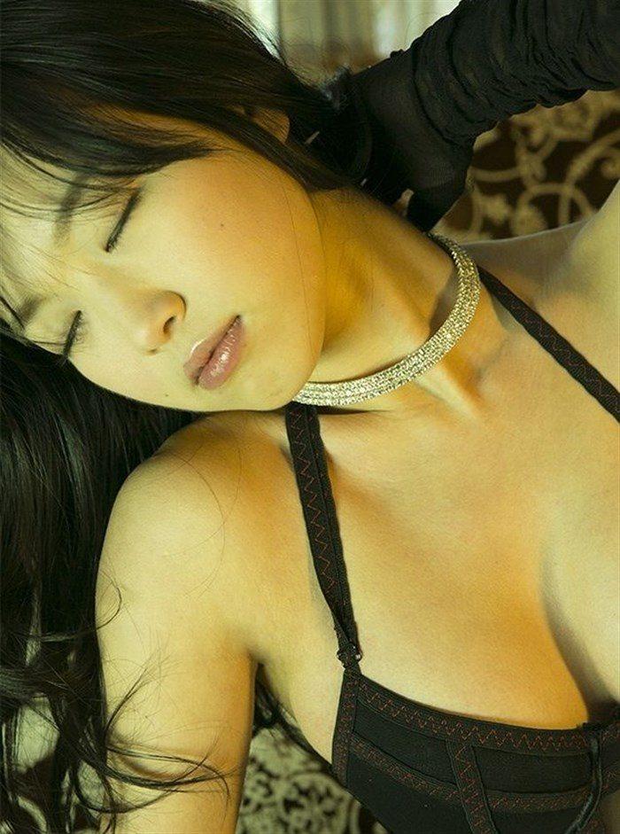 【無料画像】佐々木心音のお尻中心!過激すぎるグラビアと全裸ヌード!!!0001manshu