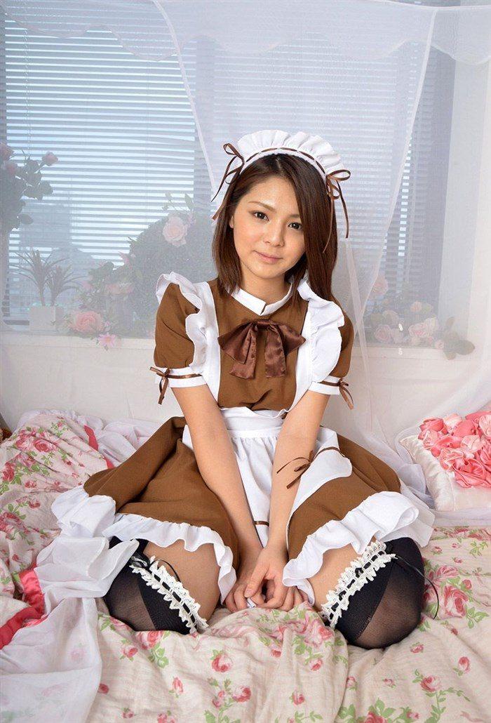 【画像】メイド姿の秋本翼 白パンティのぷっくりしたクロッチ丸出しwwwwww0026manshu