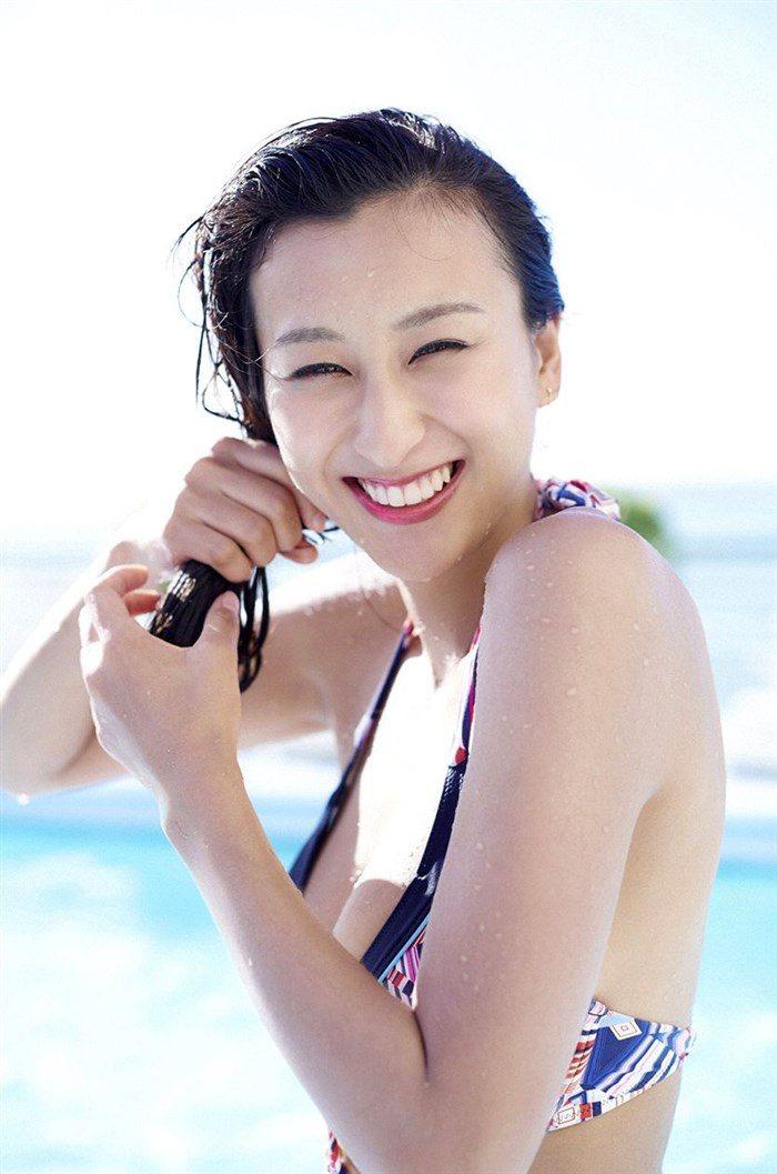 【画像】浅田舞さんが自慢のEカップおっぱいを振り乱す噂の写真集wwww0048manshu