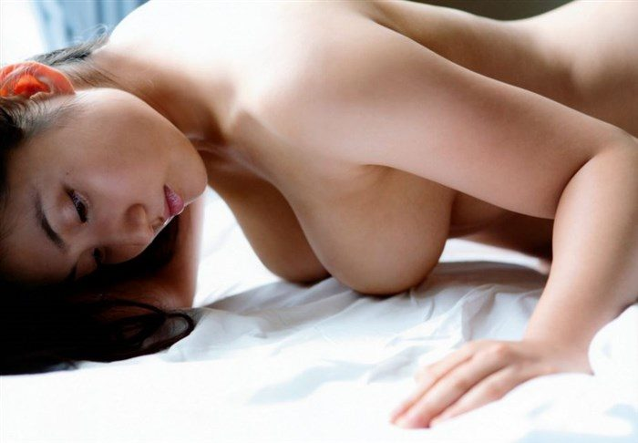 【画像】紗綾の全裸ヌード!ガチでエロい事になっとるがなwwwwwwwww0039manshu