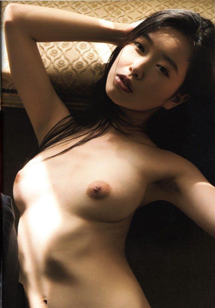 【無料画像】佐々木心音のお尻中心!過激すぎるグラビアと全裸ヌード!!!0035manshu