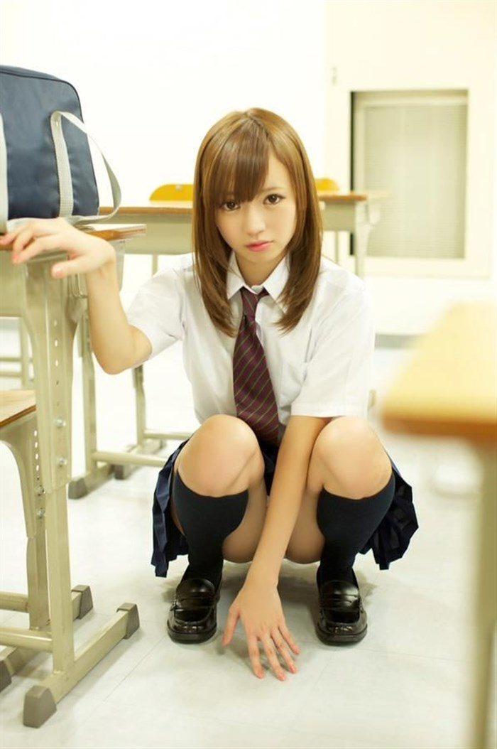 【画像】鎌田紘子 JK制服でこんな風に見つめられたら発射してまうわwwwww0003manshu
