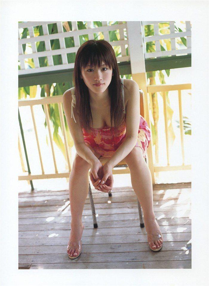 【画像】綾瀬はるかとかいう元グラドルのFカップ乳がさく裂する写真集まとめ!0111manshu