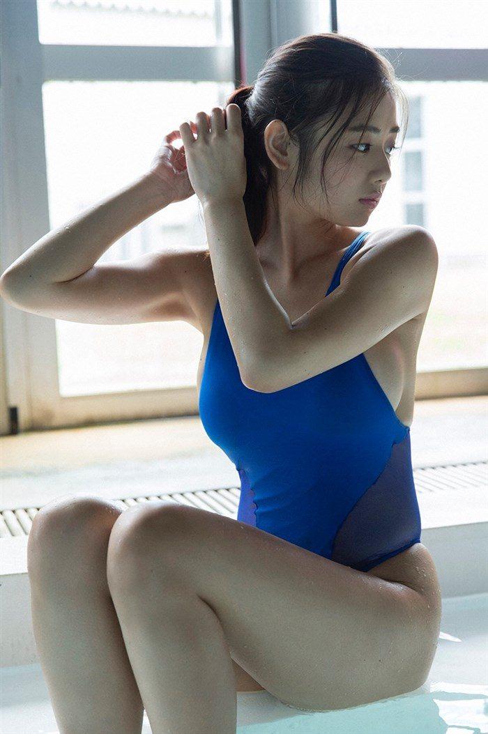 【画像】片山萌美の胸元ぱっくり開いたタンクトップ姿!悩殺するにも程があるw0039manshu