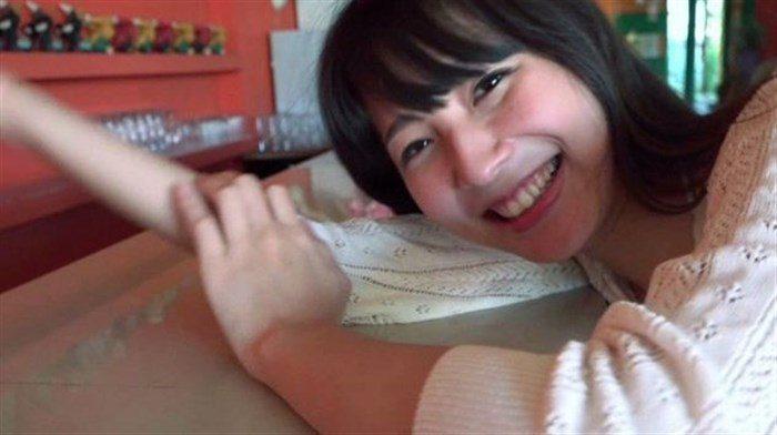 【画像】川崎あや 少しでも動くとポロリしちゃうんです…。0015manshu