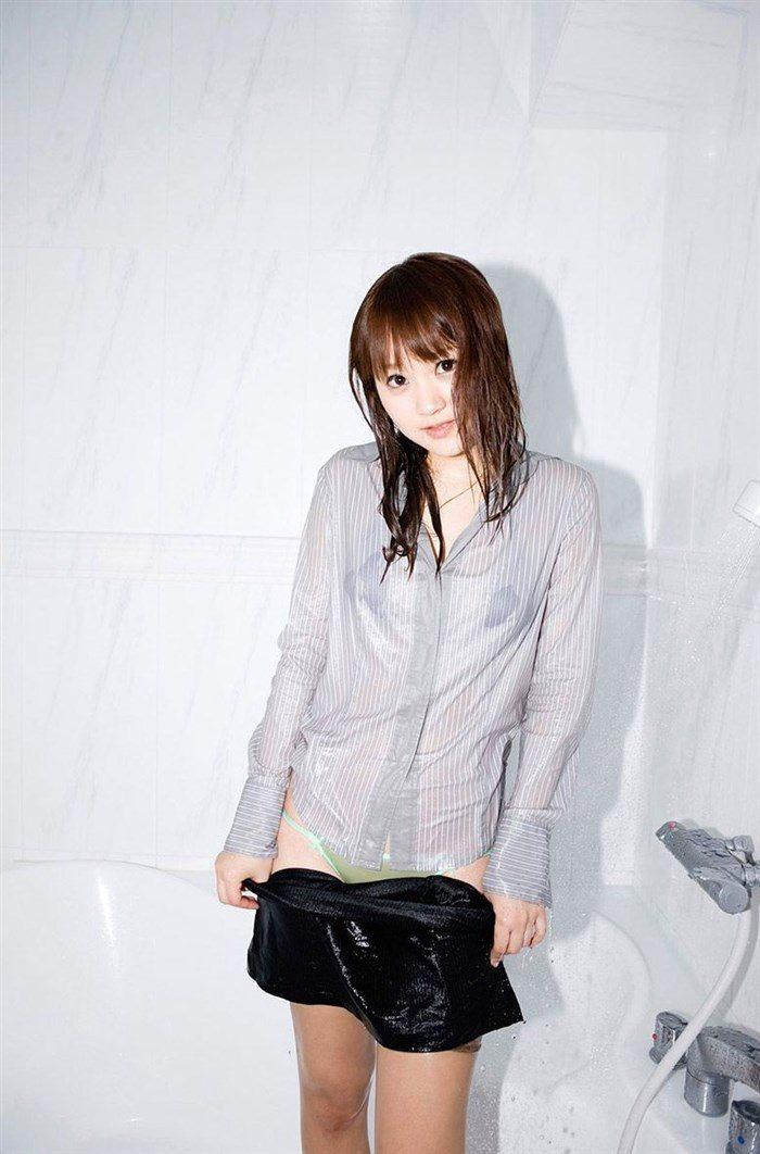 【画像】浜田翔子の極小下着グラビア!具がポロリしそうで勃起不可避www0031mashu