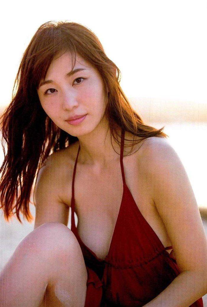 【画像】塩地美澄アナ 秋田美乳とかいう股間を刺激してやまない悩殺ボディ!0021manshu