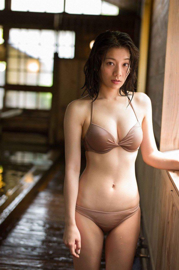 【画像】佐藤美希 お椀型の形良いソソるおっぱい!水着グラビアまとめ!!0058manshu