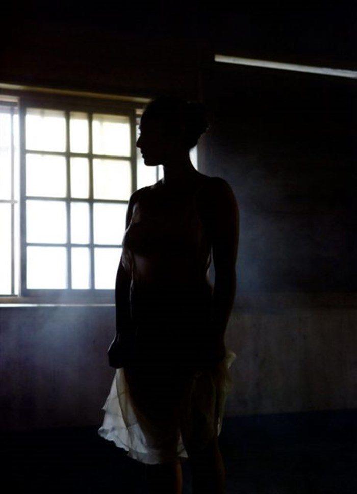【画像】紗綾の全裸ヌード!ガチでエロい事になっとるがなwwwwwwwww0018manshu