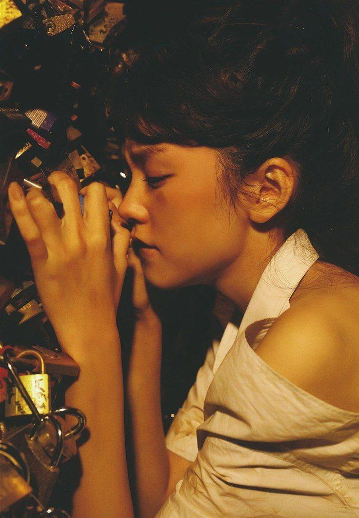 【画像】桐谷美玲ちゃんのガリ巨乳グラビアが集まるスレはこちらwwwww0011manshu