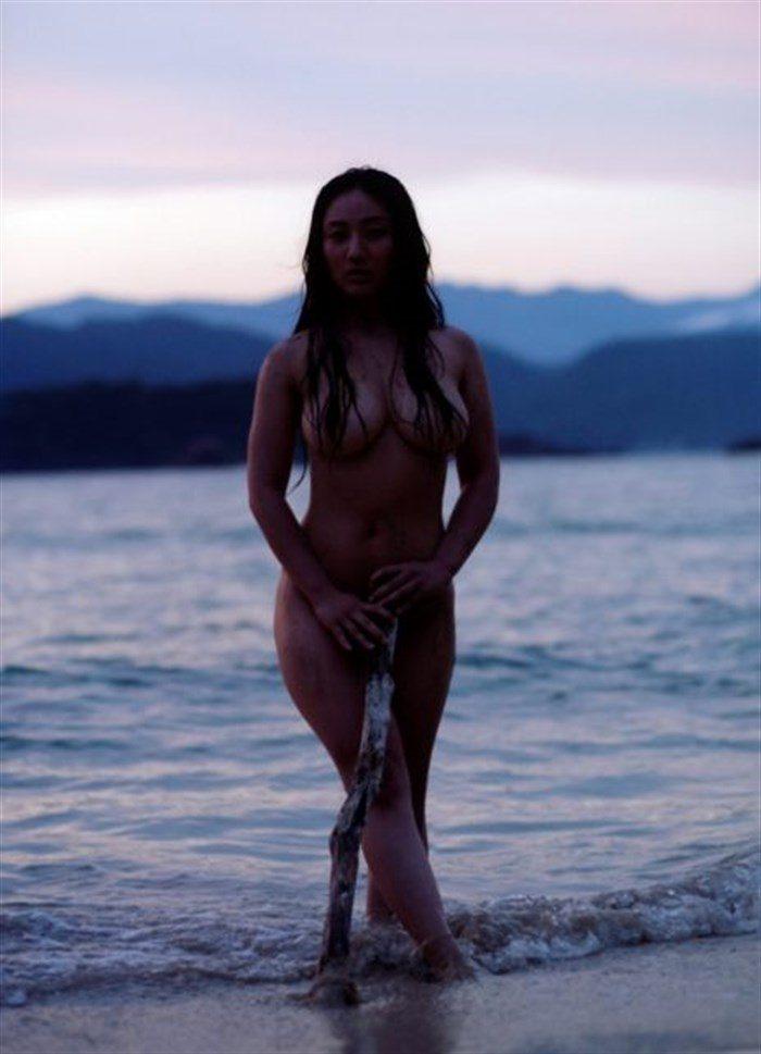 【画像】紗綾の全裸ヌード!ガチでエロい事になっとるがなwwwwwwwww0029manshu