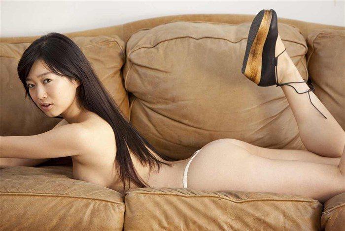 【無料画像】佐々木心音のお尻中心!過激すぎるグラビアと全裸ヌード!!!0021manshu