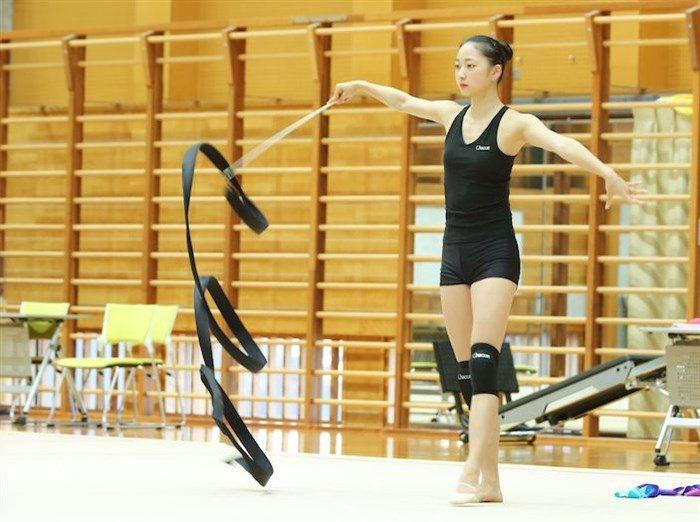 【画像】新体操畠山愛理さんのちっぱいと股間を堪能するスレwwwwww0102manshu
