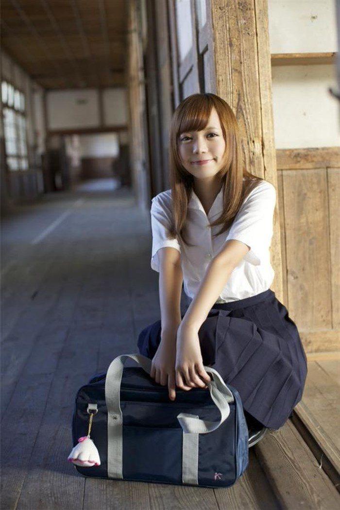 【画像】鎌田紘子 JK制服でこんな風に見つめられたら発射してまうわwwwww0006manshu