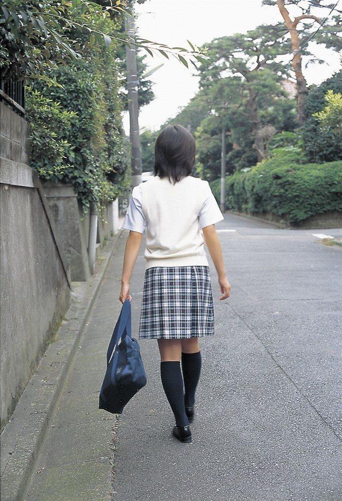 【画像】堀北真希ちゃんのセクシーなお宝グラビアを無料で堪能!これは即おっきですわwwww0016manshu