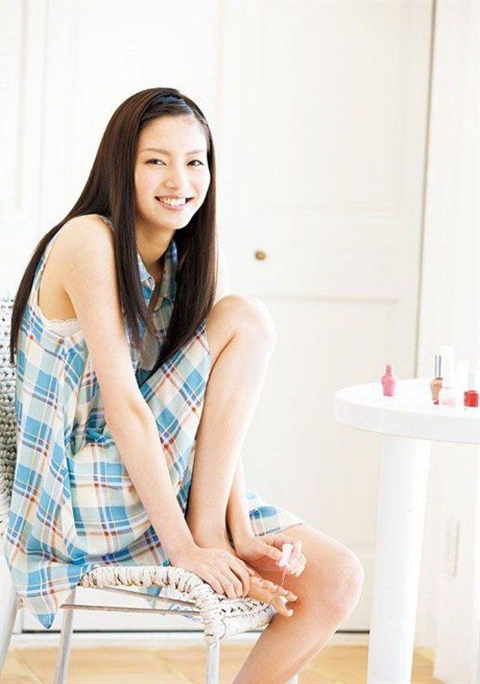 【画像】新川優愛ちゃんがドラマで魅せたハイレグ競泳水着がものすげええええええ0083mashu