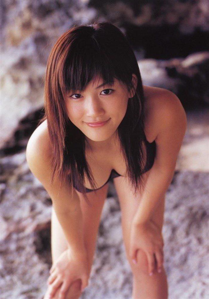 【画像】綾瀬はるかとかいう元グラドルのFカップ乳がさく裂する写真集まとめ!0146manshu