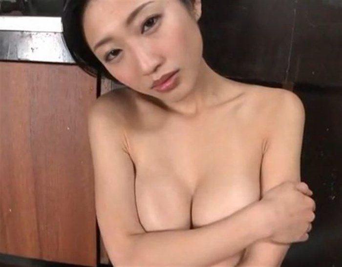 【画像】壇蜜お姉さんがぶっといフランク舐めててくっそエロいんですがwwww0017mashu