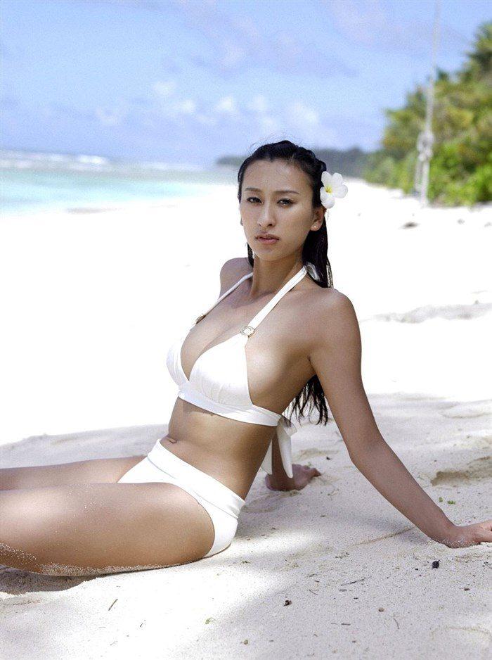 【画像】浅田舞さんが自慢のEカップおっぱいを振り乱す噂の写真集wwww0017manshu