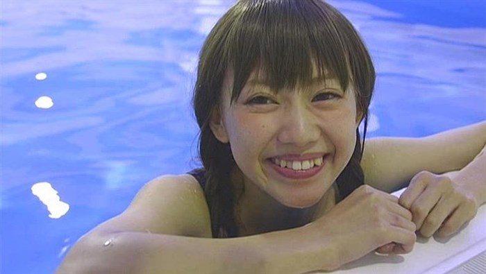篠崎こころとかいう金髪ショート娘が極小水着着てファンの股間をロックオン!大量88枚0064manshu