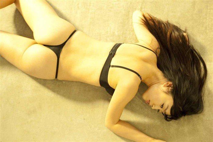 【無料画像】佐々木心音のお尻中心!過激すぎるグラビアと全裸ヌード!!!0031manshu