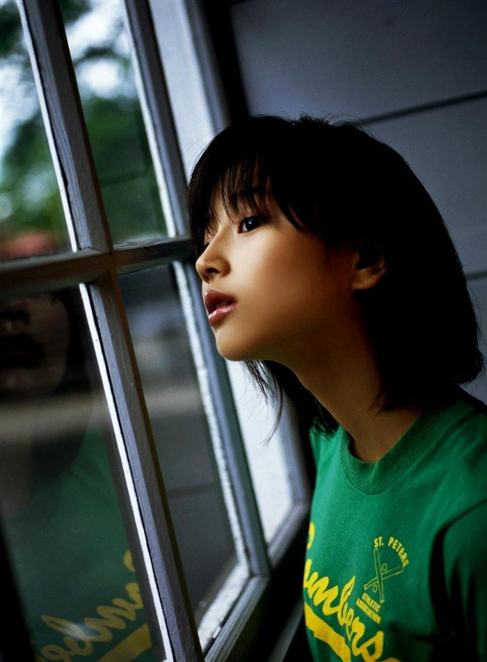 【画像】堀北真希ちゃんのセクシーなお宝グラビアを無料で堪能!これは即おっきですわwwww0175manshu