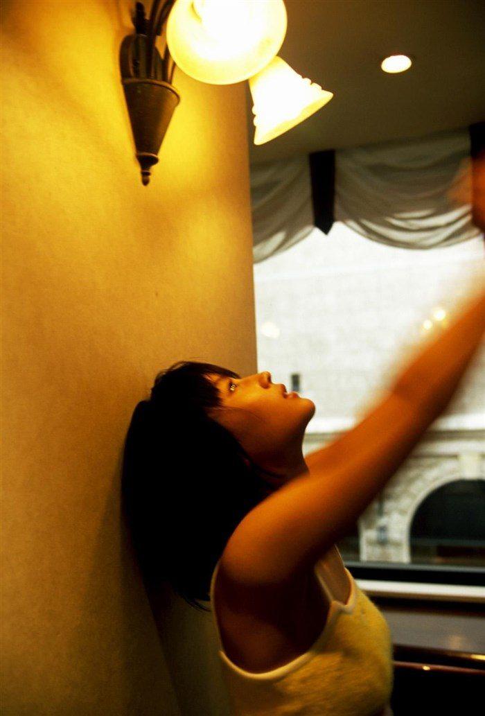 【画像】堀北真希ちゃんのセクシーなお宝グラビアを無料で堪能!これは即おっきですわwwww0026manshu