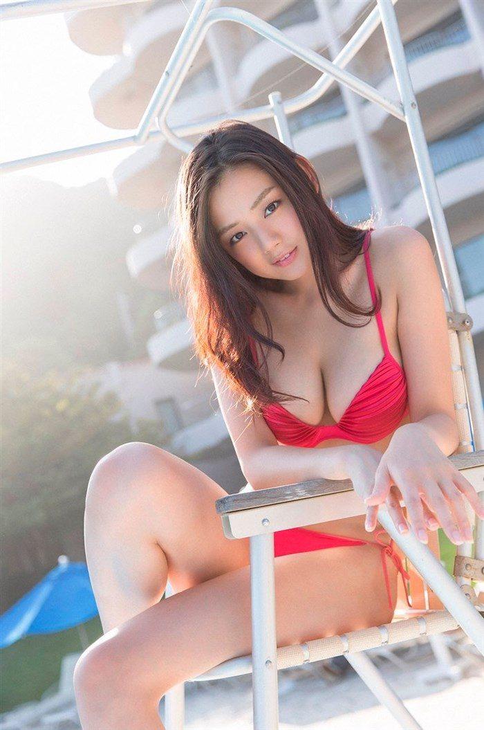 【画像】アイドル片山萌美ちゃんに支給される水着がガチでちいせえええええええ0001manshu
