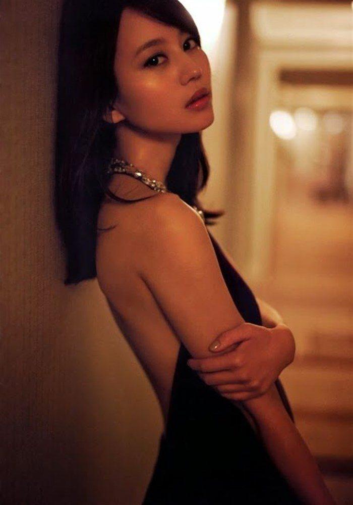 【画像】堀北真希ちゃんのセクシーなお宝グラビアを無料で堪能!これは即おっきですわwwww0049manshu