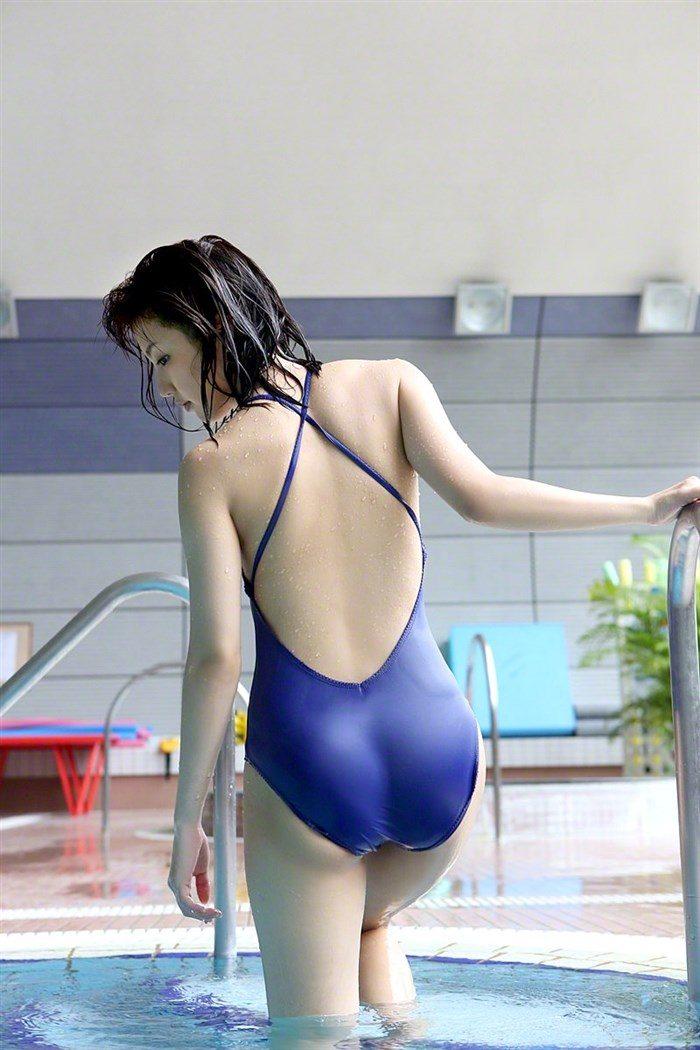 【画像】真野恵里菜ちゃんの高画質写真集!ボディラインが浮き出る競泳水着がぐうエロい!0002manshu