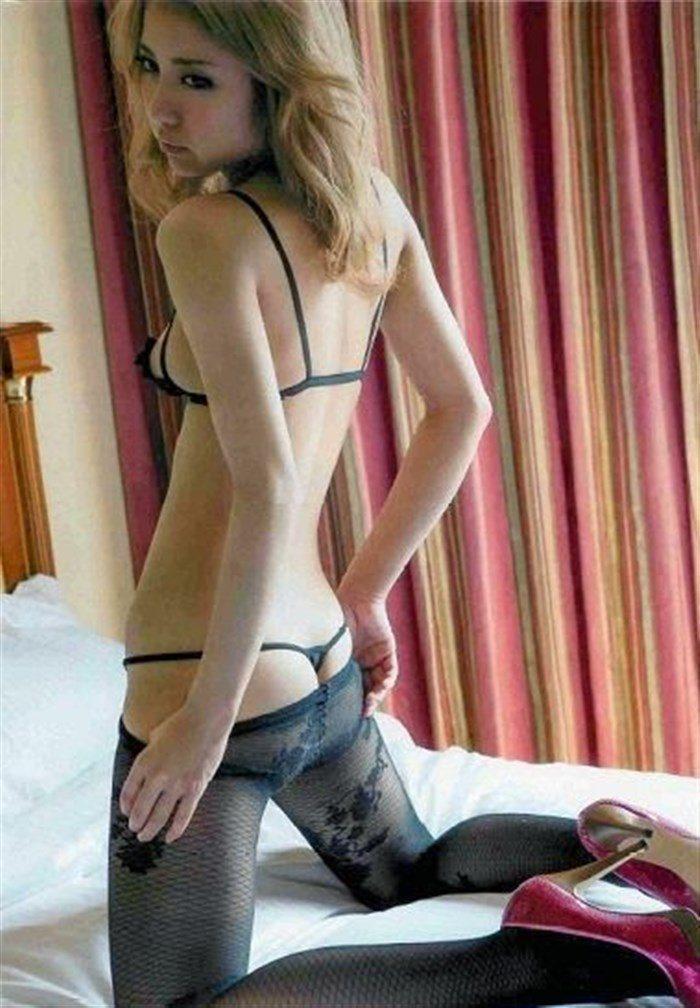 【画像】石川恋の乳首は使い込まれて黒い!?透けビーチク画像で検証!0022manshu