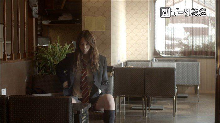 【画像】夏帆ちゃんのJK制服姿のミニスカ生足エロ過ぎシコタwwwwww0010manshu