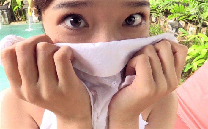 【画像】元AKB森川彩香がJK制服で居眠り中にパンツ脱がされるシーンwwww0066manshu